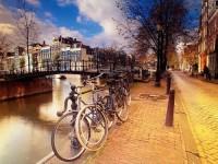 Яскраво-помаранчевий відпочинок у Амстердамі на Queen's day (5 днів – 375 євро з авіа)