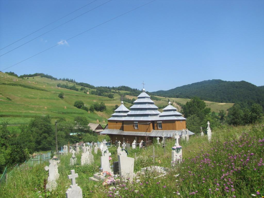Церква в селі Зубриця Турківського р-ну