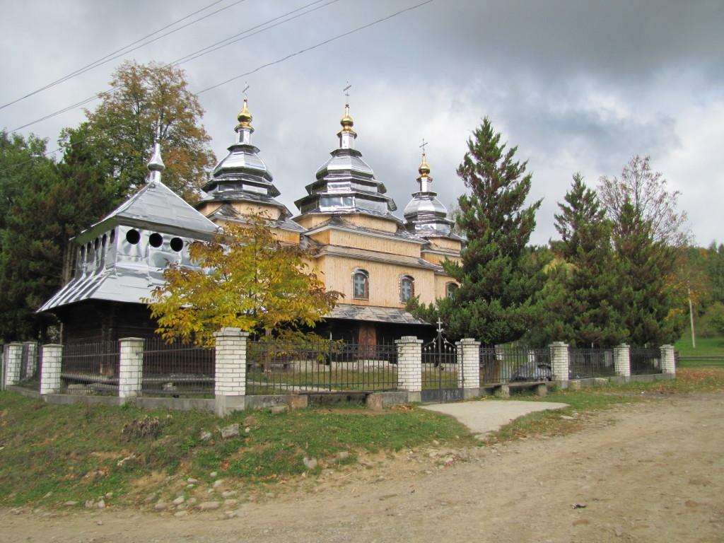 Церква в селі Сукіль Долинського р-ну