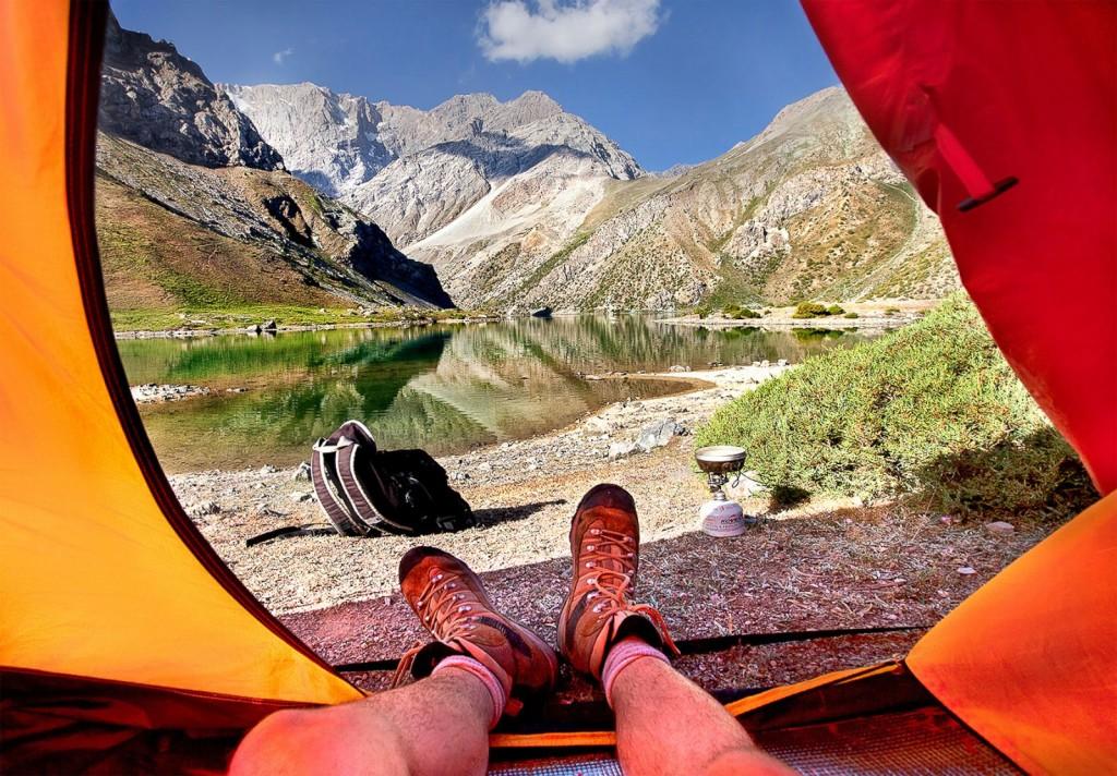 Мир из палатки